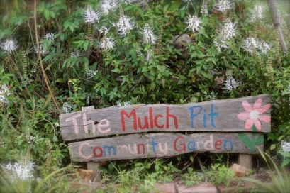 mulch pit sign