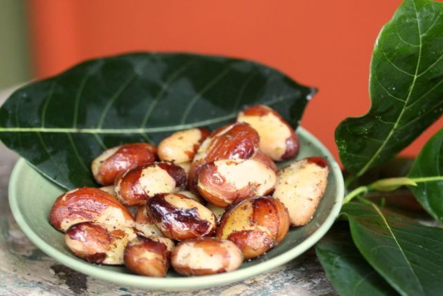 Jackfruit nuts
